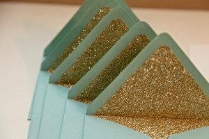 glittery-gold-wedding-finds-for-glam-handmade-weddings-envelope-liners.full